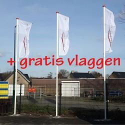 3 stuks vlaggenmasten met vlaggen